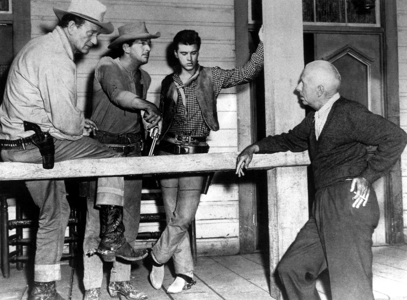 Images RIO BRAVO hawks and Crew