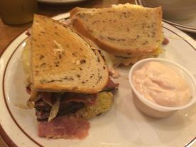 images-pastrami-on-rye